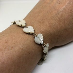 🆕Carved Mother of Pearl Heart Bracelet